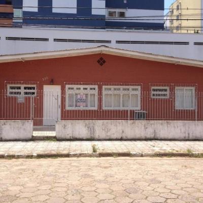 Casa  venda, Centro, Balneário Camboriú.