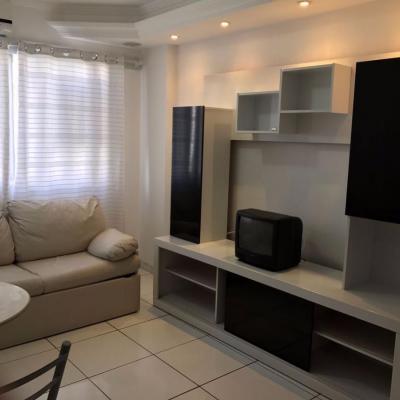 Apartamento com 1 dormitório no Centro de Balneário Camboriú