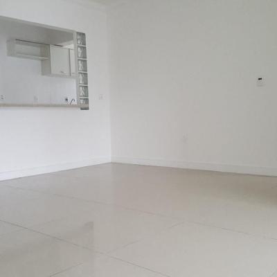 Apartamento de 2 Quartos Balneário Camboriú