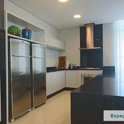 Apartamento 3 suítes em Balneário Camboriú