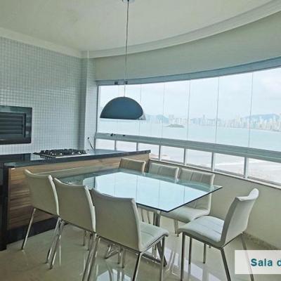 Apartamento com Vista para o Mar Balneário Camboriú