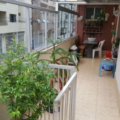 Apartamento no Centro de Balneário Camboriú à Venda