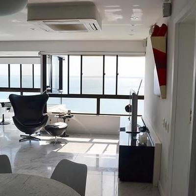 Apartamento três quartos sendo uma suíte, 132,4 m² Golden Tower