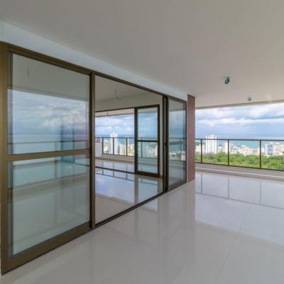Apartamento 194 m² na Ladeira da Barra, com quatro suítes.