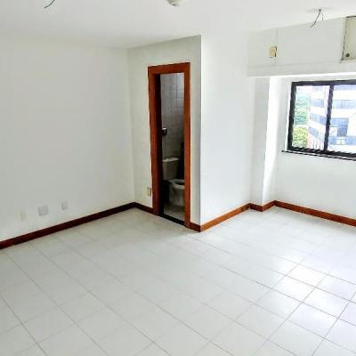 Sala comercial - Av. Tancredo Neves, Caminho das Árvores, Salvador - BA