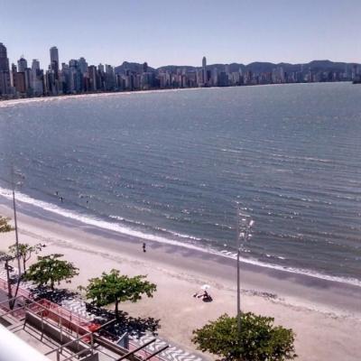 Frente Mar - Barra sul - Mobiliado e Decorado