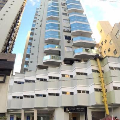 Apartamento 02 domitórios - Avenida da Lagoa - 01 Vaga