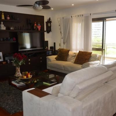 Apartamento à Venda Condomínio Golden Green Barra da Tijuca