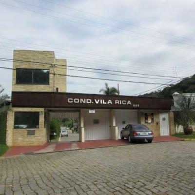 CASA COND. VILA RICA