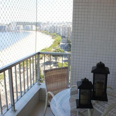 Lindo apartamento vista Baía de Guanabara 2 quartos suite dependência de empregada 1 vaga lazer condomínio