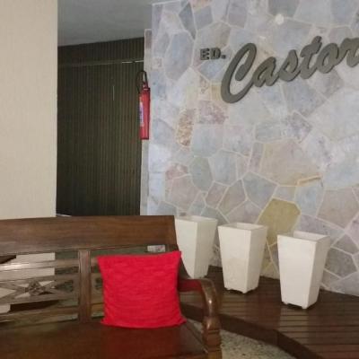 Apartamento miolo de Icaraí 2 quartos vaga
