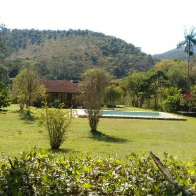 Sítios Teresópolis 2 casas piscina 2 cachoeiras
