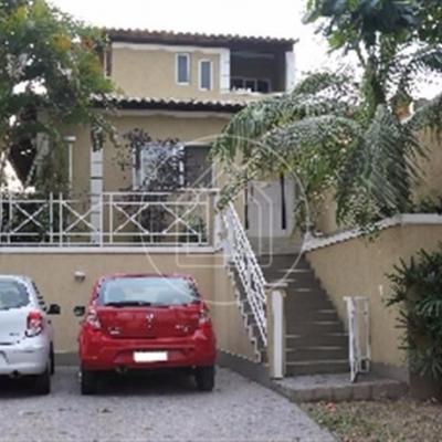 Casa condomínio Pendotiba  4 quartos lazer piscina