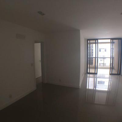 Excelente apartamento Icaraí 3 quartos suite com varanda 2 vagas lazer condomínio