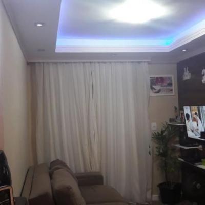 Apartamento Semi Mobiliado Vila dos Cedros Estuda parcelamento da entrada