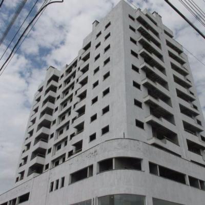 Apartamentos - Res. Grace Maria