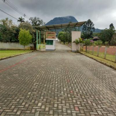 Terreno Urbano - Condomínio Torres