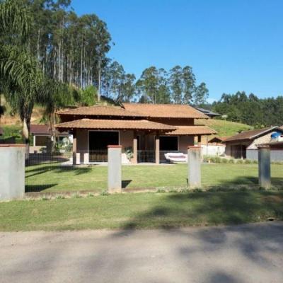 CASA DE ALVENARIA COM 130,00 M² - LAURENTINO