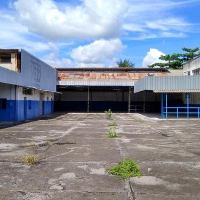 Área com 2.000 m² e Galpões com 1200 m² - Vila Americana, Volta Redonda - RJ