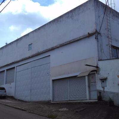 Edifício comercial com 950 m² em 3 pavimentos com elevador, Retiro, Volta Redonda - RJ