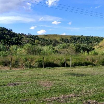 Área plana com 5.000 m² acesso Regulamentado CCR-Nova Dutra - Rodovia Presidente Dutra, Vila Principal, Barra Mansa - RJ