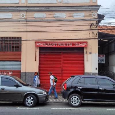 Casa Comercial e Loja - Rua Doutor Francisco Viléla de Andrade Neto, Centro, Barra Mansa - RJ