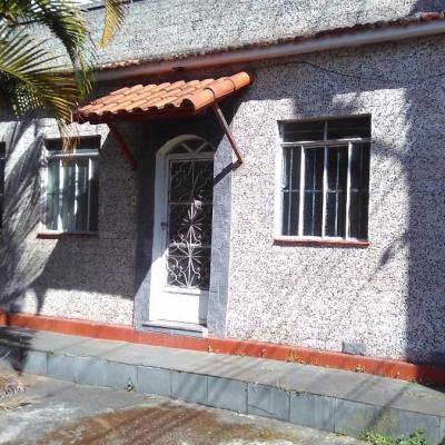 Casa Comercial Linear - Rua Doutor Francisco Viléla de Andrade Neto, Centro, Barra Mansa - RJ